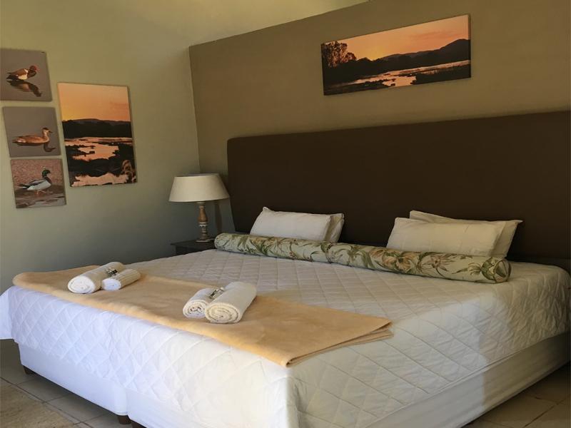 Duckpond interior bedroom